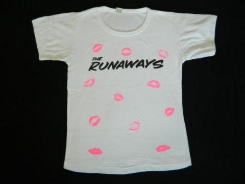 runaways_1977_shirt_front