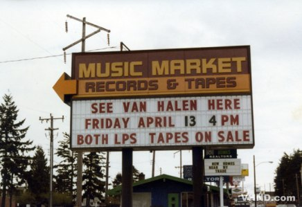 1979-04-13-Record-Store-OUTSIDE-SIGN.jpg